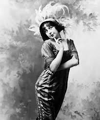 Fanny Brice as she appeared in the Follies.